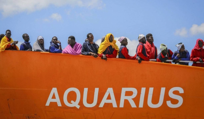 Migrant rescue ship Aquarius ends operations