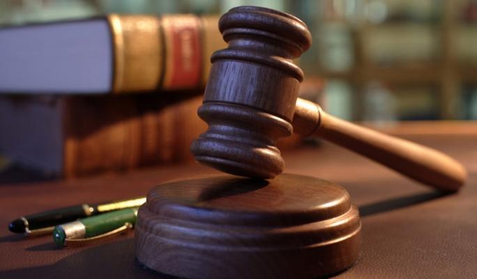Throat-slashing mugger jailed for 18 years