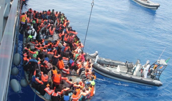 Rescue ship carrying 606 migrants docks in Sicily