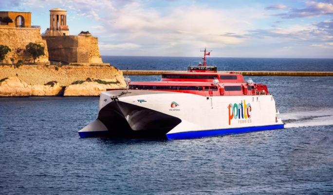 Magro, Ozo, Zammit Tabonas launch fast-ferry catamaran to Augusta