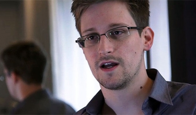 Hero or Traitor? Edward Snowden and ... - Harvard Case Studies